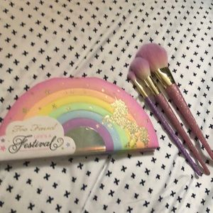 Too Faced Unicorn palette + brushes